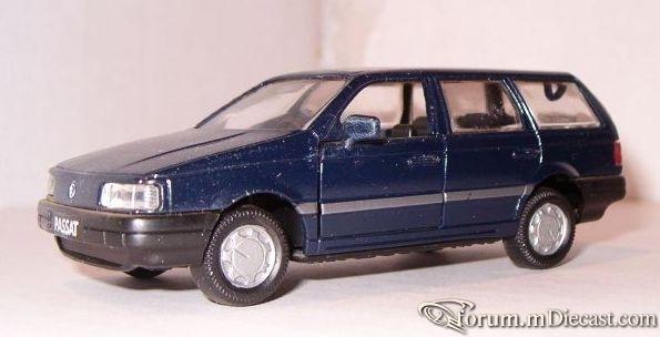 Volkswagen Passat III Variant 1988 Gama.jpg