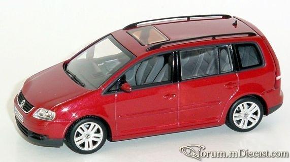 Volkswagen Touran 2003 Minichamps.jpg