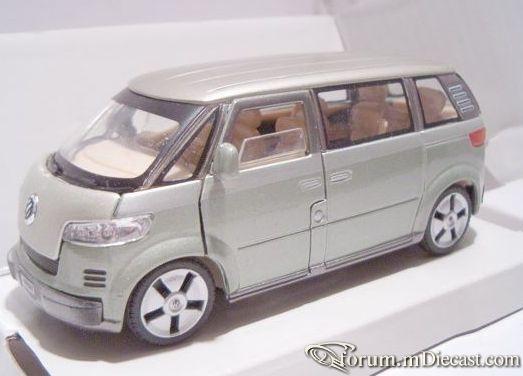 Volkswagen Microbus 2001 Schuco.jpg