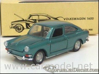 Volkswagen 1600TL 1961 Politoys.jpg