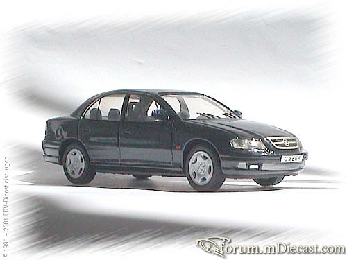 Opel Omega B1 4d Schuco.jpg