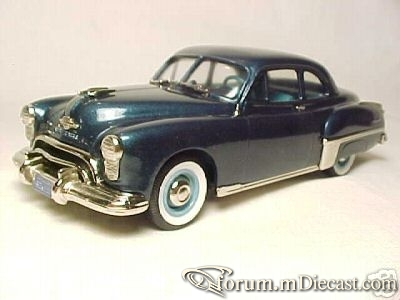 Oldsmobile 88 1949 Club Coupe Brooklin.jpg
