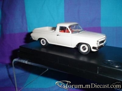 Holden Premier EH Pickup.jpg