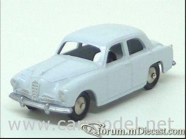 Alfa Romeo 1900 4d 1950 Mercury.jpg