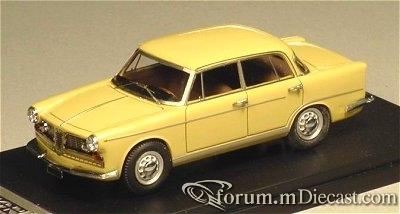 Alfa Romeo 2000 Berlina 1962 Klaxon.jpg