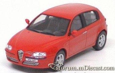 Alfa Romeo 147 2005 5d Cararama.jpg
