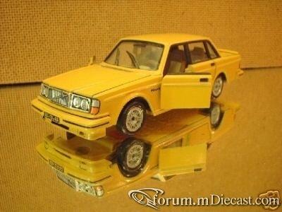 Volvo 264 Turbo.jpg