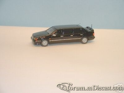Volvo 850 Limousine.jpg