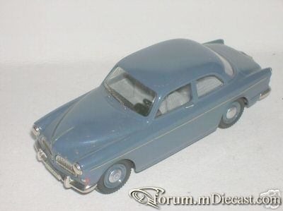 Volvo 121 1962 Coupe Somerville.jpg