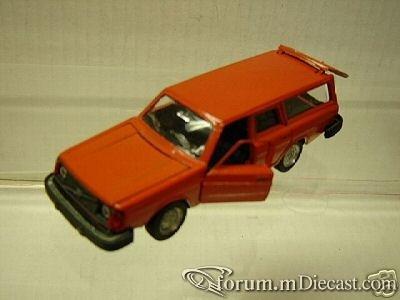 Volvo 245DL 1975 Intercars.jpg