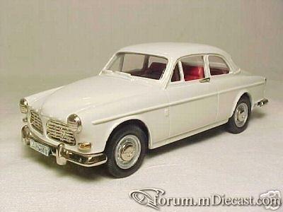 Volvo 121 1970 Coupe RobEddie.jpg