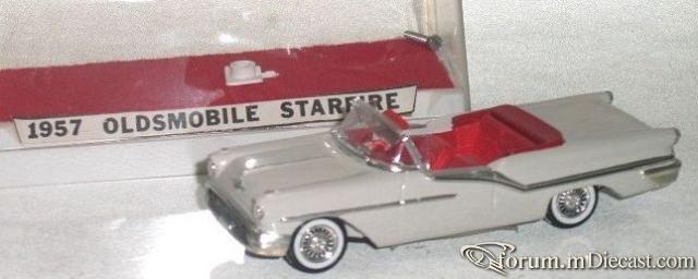 Oldsmobile Starfire 1957 Cabrio Marty Martino.jpg