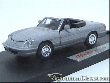 Alfa Romeo Spider 1990 ARS.jpg