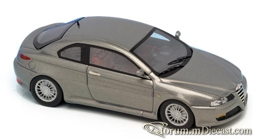 Alfa Romeo GT Coupe 2003 BBR.jpg