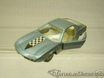 Alfa Romeo Montreal Bertone 1970 Intercars.jpg