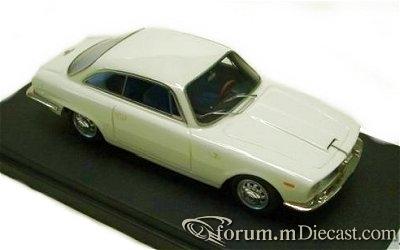 Alfa Romeo 2600 Sprint 1966 Looksmart.jpg