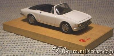 Alfa Romeo Giulia Sprint GTC 1965 BVFirenze.jpg
