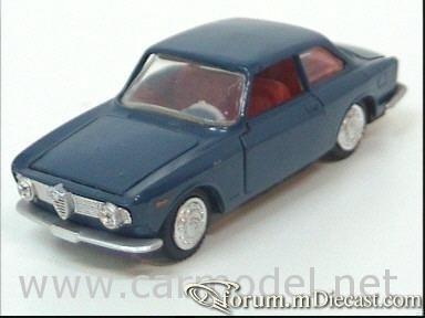 Alfa Romeo Giulia Sprint 1965 Edil.jpg