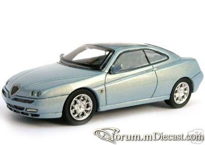 Alfa Romeo GTV 2000 Top.jpg