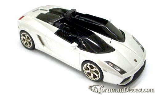 Lamborghini Concept S Salon Geneva 2005 Looksmart.jpg