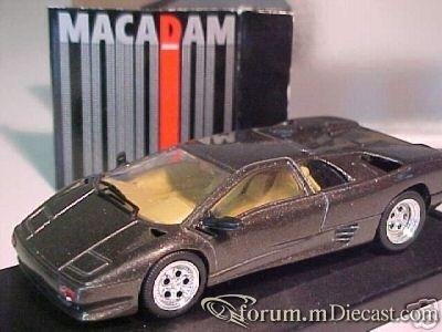 Lamborghini Diablo Macadam.jpg