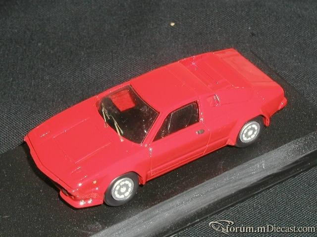 Lamborghini Silhouette 1976 Alezan.jpg