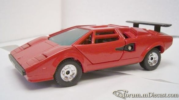 Lamborghini Countach 5000 King Star.jpg