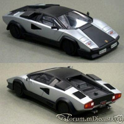 Lamborghini Countach 1987 Yow.jpg