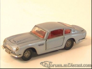 Aston Martin DB6 Coupe Corgi.jpg