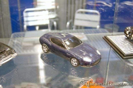 Aston Martin DB7 Zagato 2003.jpg