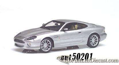 Aston Martin DB7 Coupe Autoart.jpg
