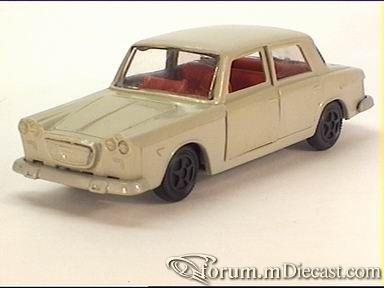 Lancia Flavia 4d 1962.jpg