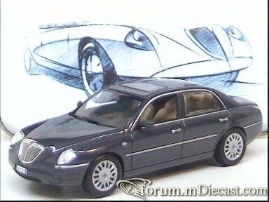 Lancia Thesis 2001 Norev.jpg