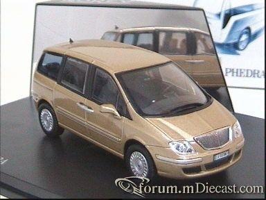 Lancia Phedra 2002 Norev.jpg