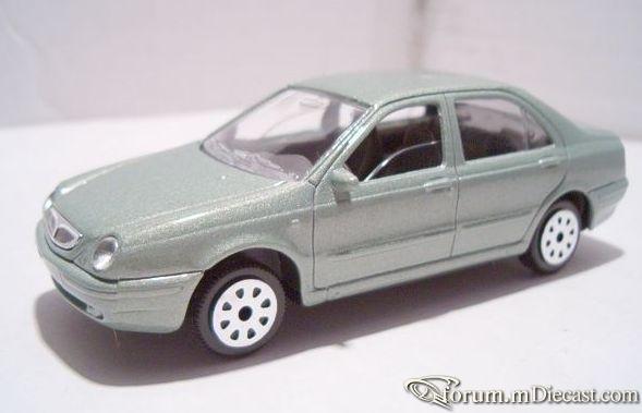 Lancia Lybra 4d 1999 Majorette.jpg