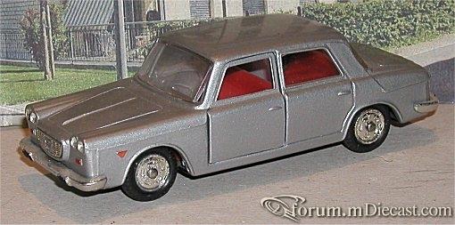 Lancia Flavia 4d 1962 Mebetoys.jpg
