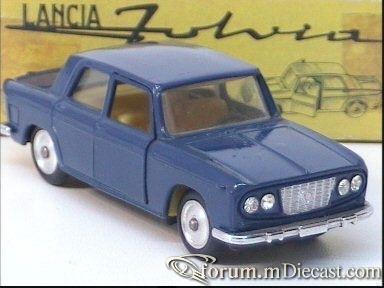 Lancia Fulvia 2C I 4d.jpg