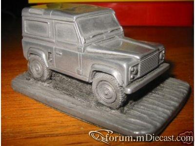 Land Rover Defender 90 1984 Autosculpt.jpg