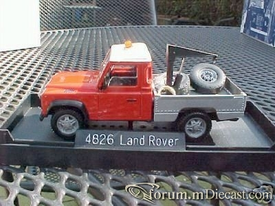 Land Rover Defender 110 Tow 1983 Solido.jpg