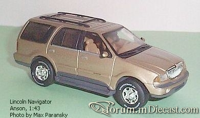 Lincoln Navigator 1998 Anson.jpg