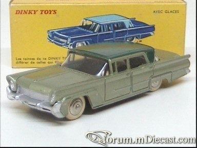Lincoln Premier 1958 4d.jpg