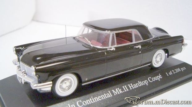 Lincoln Continental 1956 Coupe Minichamps.jpg