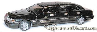 Lincoln Town Car 1998 6d.jpg