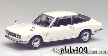 Isuzu 117 Ghia 1968 Ebbro.jpg