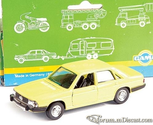 Audi C2 100 4d 1976 Gama.jpg