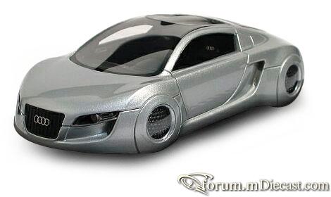 Audi RSQ 2004 Looksmart.jpg