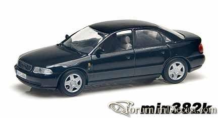 Audi B5 A4 4d 1995 Minichamps.jpg