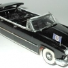Lincoln Capri Limousine.jpg