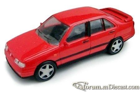Seat Toledo 1991 AZU.jpg