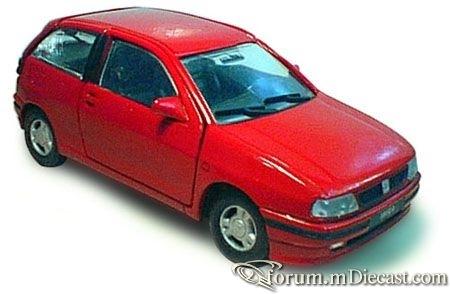 Seat Ibiza 1994 3d Doorkey.jpg